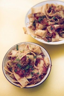 Nigella's Pappardelle with Lamb Ragu. Europeans eat more lamb than the Americans, I never understand why lamb is not more popular here. It tastes good in some dishes, like this one. Transport me back to grad school in London.