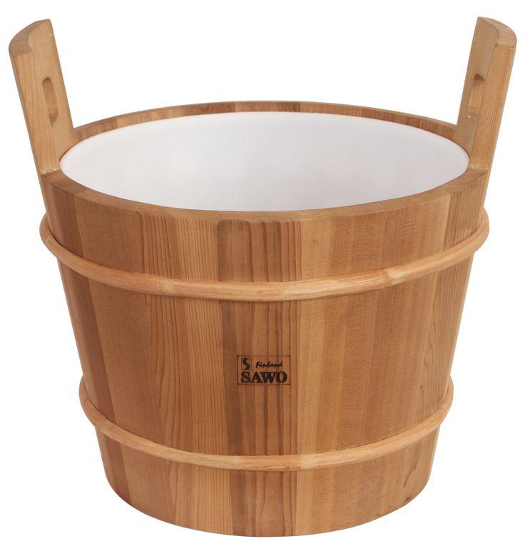 A massive cedar pail is a beautiful item for any kind of sauna. Available up to 64 litres volume.  #Sauna #Saunatarvikkeet #SaunaAccessories #Cedar #Kiulu