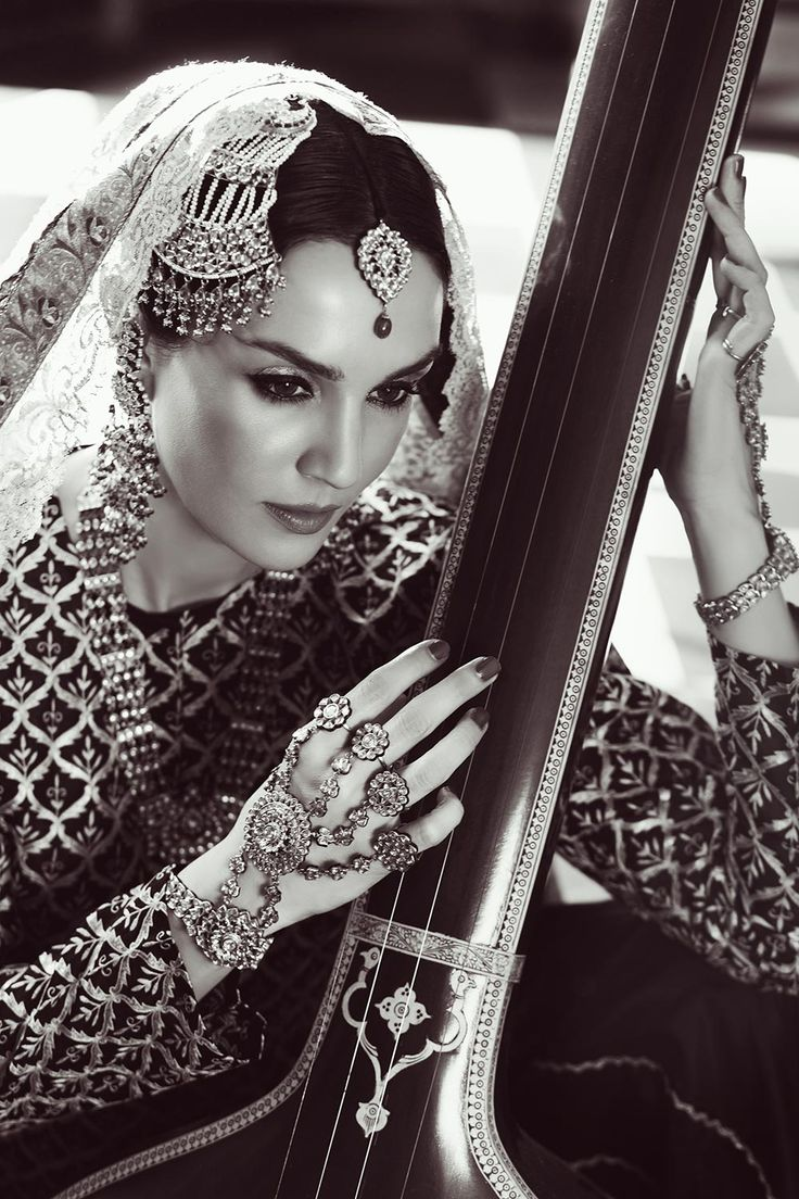 Sonya Jehan potraying the character Umrao Jaan and wearing jewels by Hazoorilal and Sons Jewelry, photographed by Ashish Chawla in an editorial for Hello Magazine India, 2014
