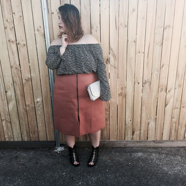 "ALL THE GRITTY ""OFF THE SHOULDER"" THINGS"