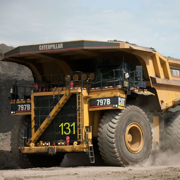 cat 797 | giant Cat 797 truck at the Athabasca Oil Sands Project in Alberta ...