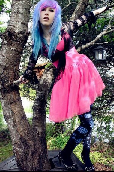 Pink and blue hair (her outfit is so cute!)