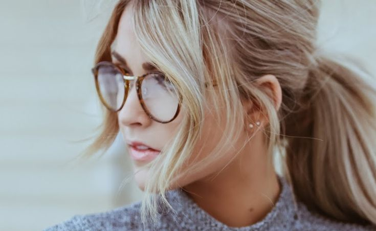 These brands have cute and cheap prescription glasses. Whether you need eyeglasses or sunglasses, these online sites have the best frames!