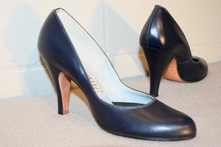 "Craving a pair of vintage blue pumps. Not my size, though these have never been worn, sweet deal even @100 or OBO on Ebay. It's not every day you find ""new"" 60-70yo shoes. 6 N 6.5 N NOS Vintage 40s 50s SWING HIGH HEEL NEW NAVY LEATHER Rare Blue Shoe"