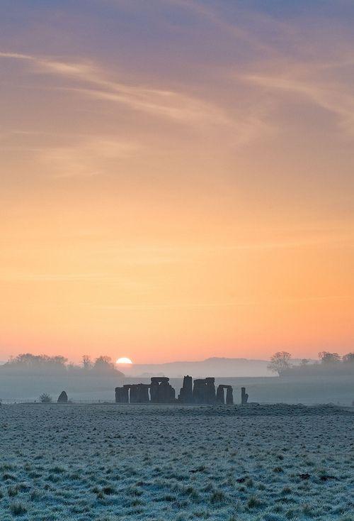 bellasecretgarden: Stonehenge, Wiltshire by chrisbutton68 on Flickr