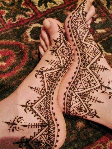 Photos~Traditional Moroccan Henna Designs | Adorn Henna