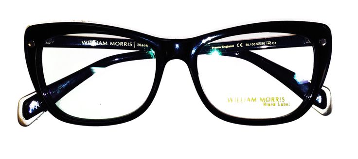 Chunky #eyeglasses in a rounded style … #WilliamMorrisLondon …