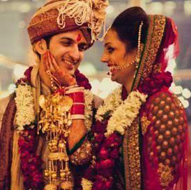 Sacred Rituals of an Indian Punjabi Wedding #Photography #Weddingplz #Wedding #Bride #Groom #love #Fashion #IndianWedding  #Beautiful #Style
