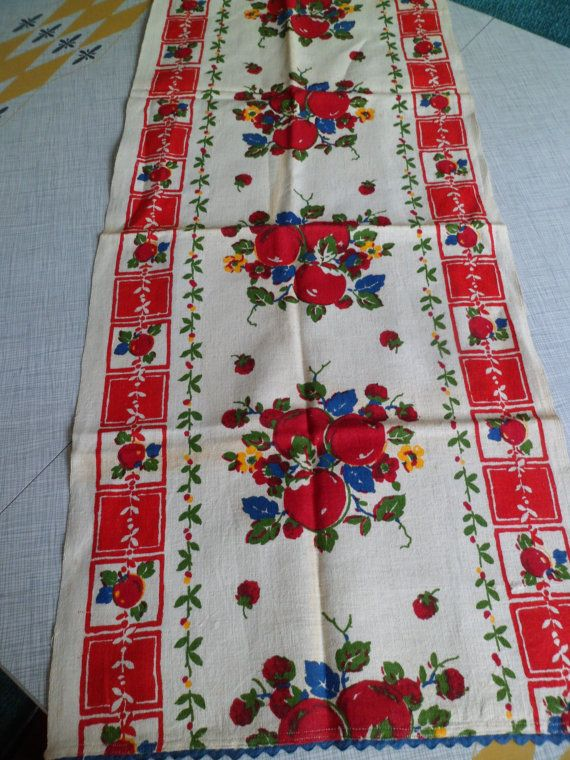 Vintage 1940s/50s Kitchen Dish Tea Towel Toweling Cloth Table