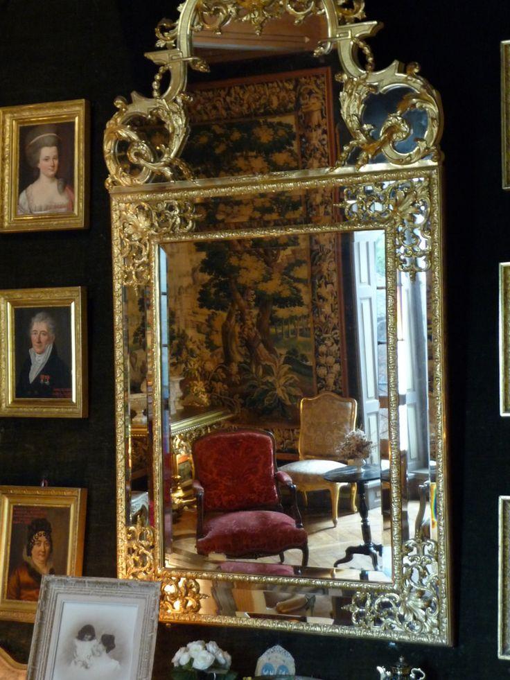 Château du Bosc , charme et intimité du petit salon (12)