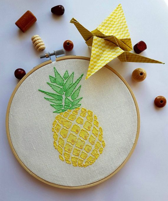 Embroidery pineapple peintsur circle embroidery