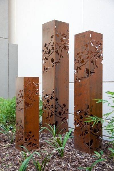Outdoor Metal Art Tower Light Summer Branch Garden Sculpture  Made in Australia #gardensculpture #gardenart #outdoormetalart