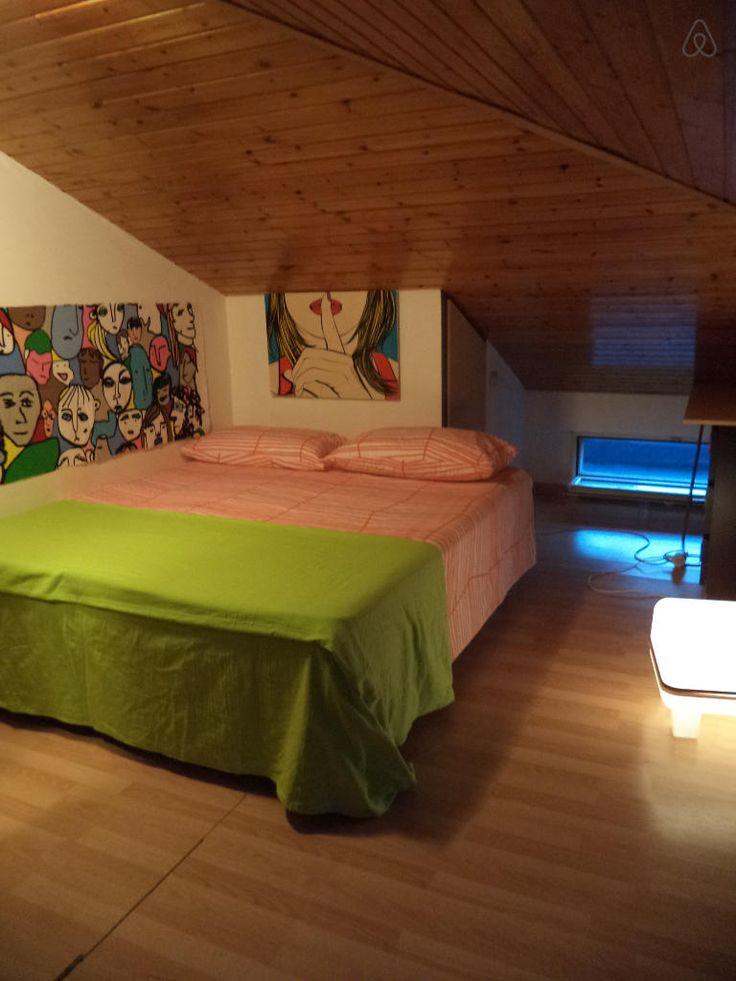 Dai un'occhiata a questo fantastico annuncio su Airbnb: SOTTOTETTO a SALERNO IN PARCO a Salerno