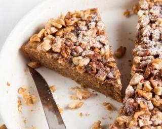 Gâteau noix, quinoa et bananes ultra rassasiant : http://www.fourchette-et-bikini.fr/recettes/recettes-minceur/gateau-noix-quinoa-et-bananes-ultra-rassasiant.html