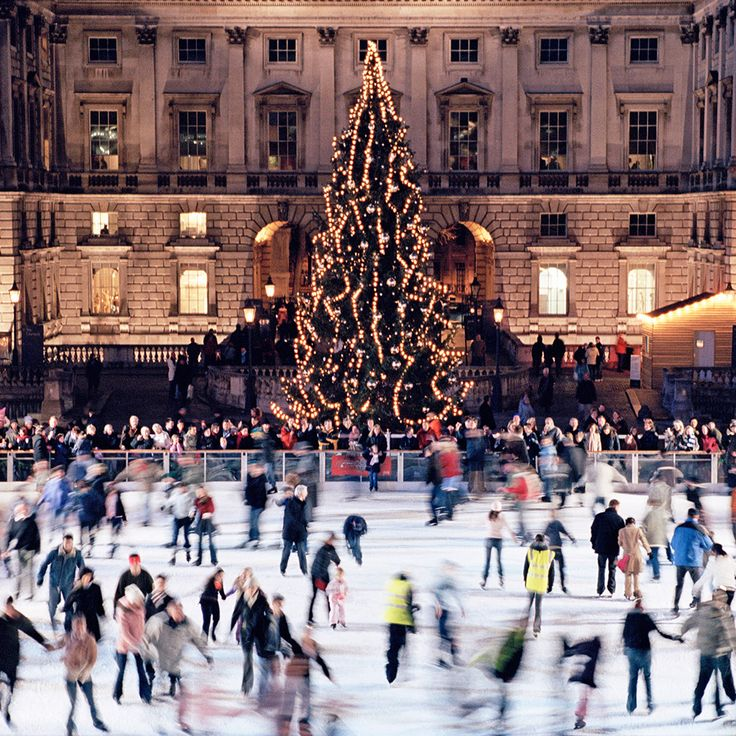 Londoners take Christmasvery seriously. The festive fever starts when the Oxford Street Christmas lights are officially switched on. Innovative window disp...
