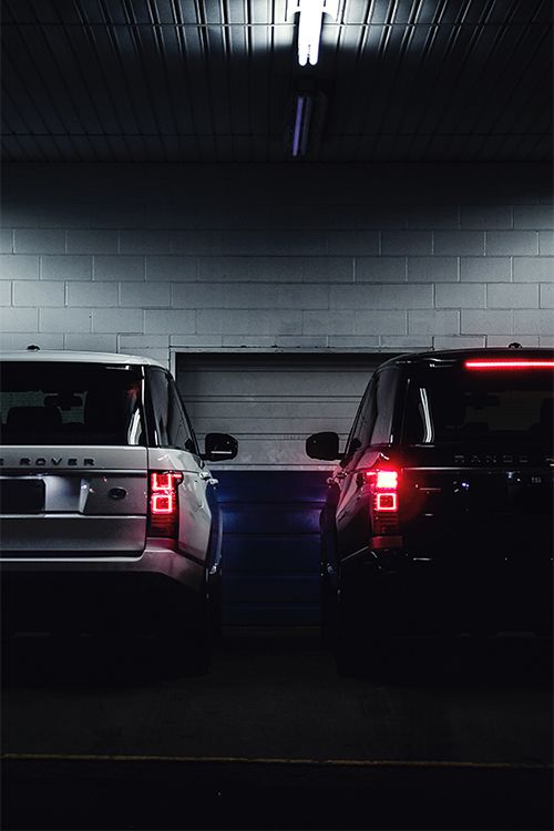Range Rover Black and White