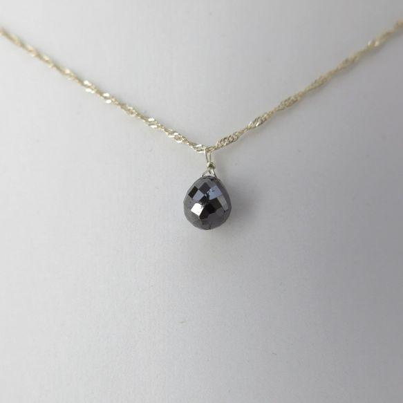ブラックダイヤモンドはエレガントなだけではなく、ファッション性も高く、人気のジュエリーです。ブラックダイヤモンドは割れが多い石です。天然ゆえ、もとから結晶内部...|ハンドメイド、手作り、手仕事品の通販・販売・購入ならCreema。