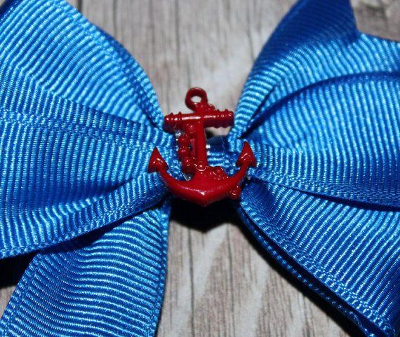Blauwe anker pinwheel boog met blauw lint en een door ZariasBowtique