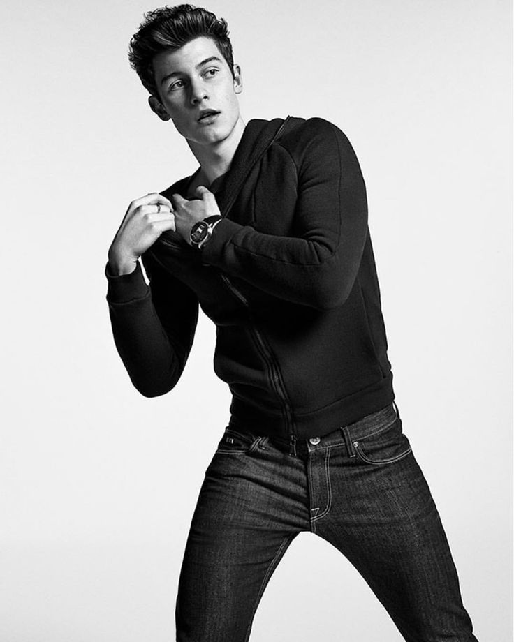 """5,034 Likes, 37 Comments - Shawn Mendes Updates (@shawnmendesupdates1) on Instagram: """"Shawn for @armani #EAconnected"""""""