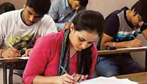 The Central Board of Secondary Education (CBSE) has issued the dress code for candidates appearing for the National Eligibility-cum Entrance Test (NEET) exam scheduled to be held on May 6, 2018.