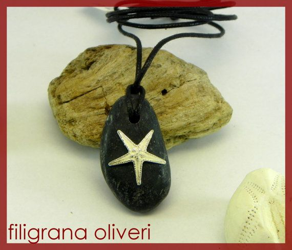 Ciondolo sassolino e stella marina in argento di GioielliOliveri