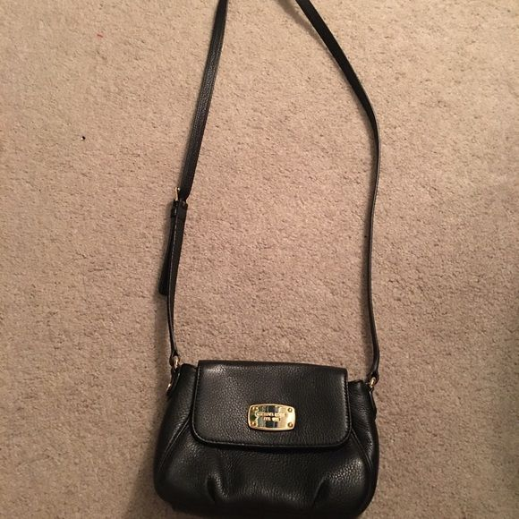 Michael kors crossbody Brand new without tags Michael Kors Bags Crossbody Bags