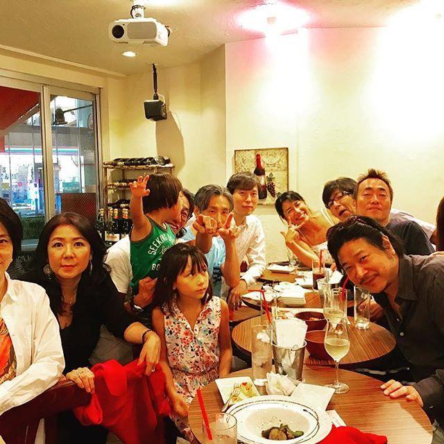 昨夜は、小学校・中学校の同級生達が家族連れで飲み会を開催してくれました。(^-^) ありがとうございます。 #ピザ#パスタ#シャンパン#スパークリングワイン#ワイン#モヒート#肉#魚#イタリアンバル#泡バル#イタリアン#pizza#pasta#shanpagne #sparkling #wine#italianfood #italianbar #恵比寿#ガーデン#渋谷区恵比寿南1#SPARKLING_GARDEN