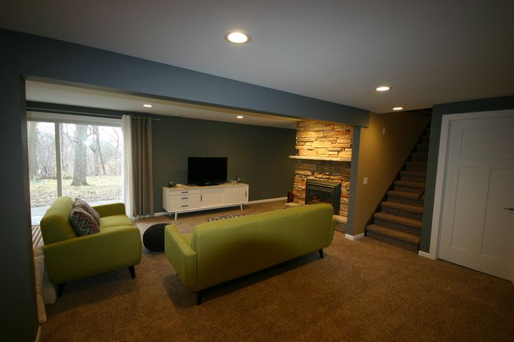 Simple Basement, carpeting, drywall ceiling, recessed lighting,white trim, basement kids playroom, tile walk-out, accent lighting