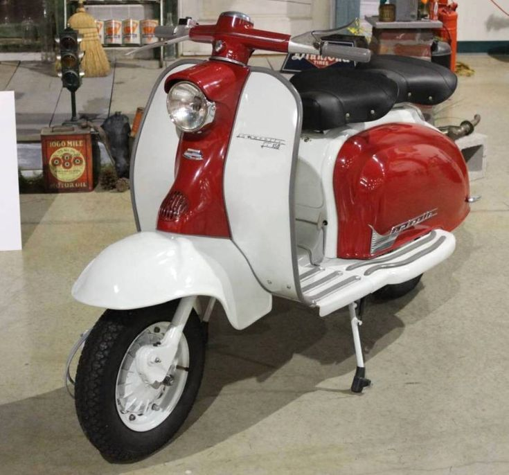 17 Best Images About La Vespa E La Lambretta On