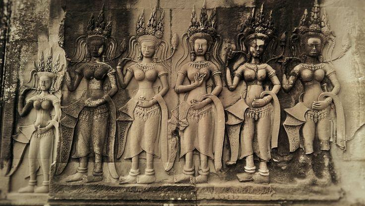 kambodża | Tancerki Apsara - Wycieczka do Kambodży z biurem podróży Barents.pl ...