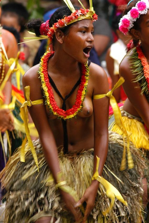 polynesian island women topless