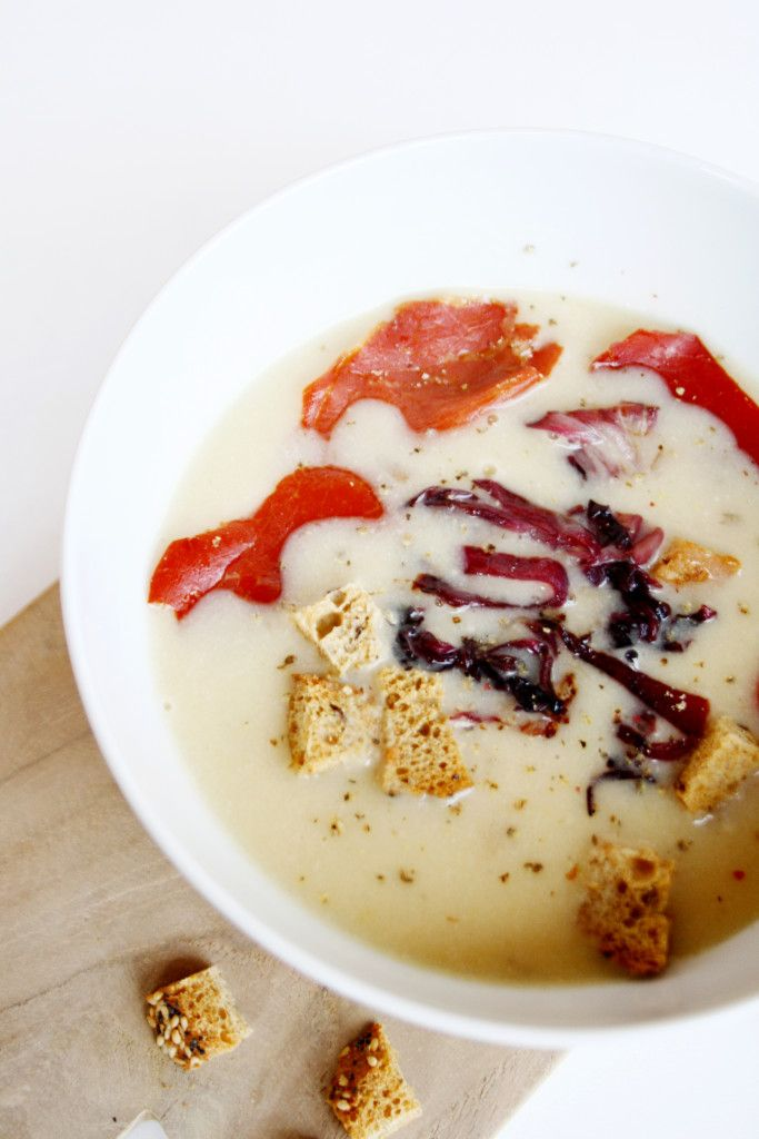 Appenzeller Käse Suppe  Soup with Cheese an Onion  http://babyrockmyday.com/appenzeller-kaese-suppe/