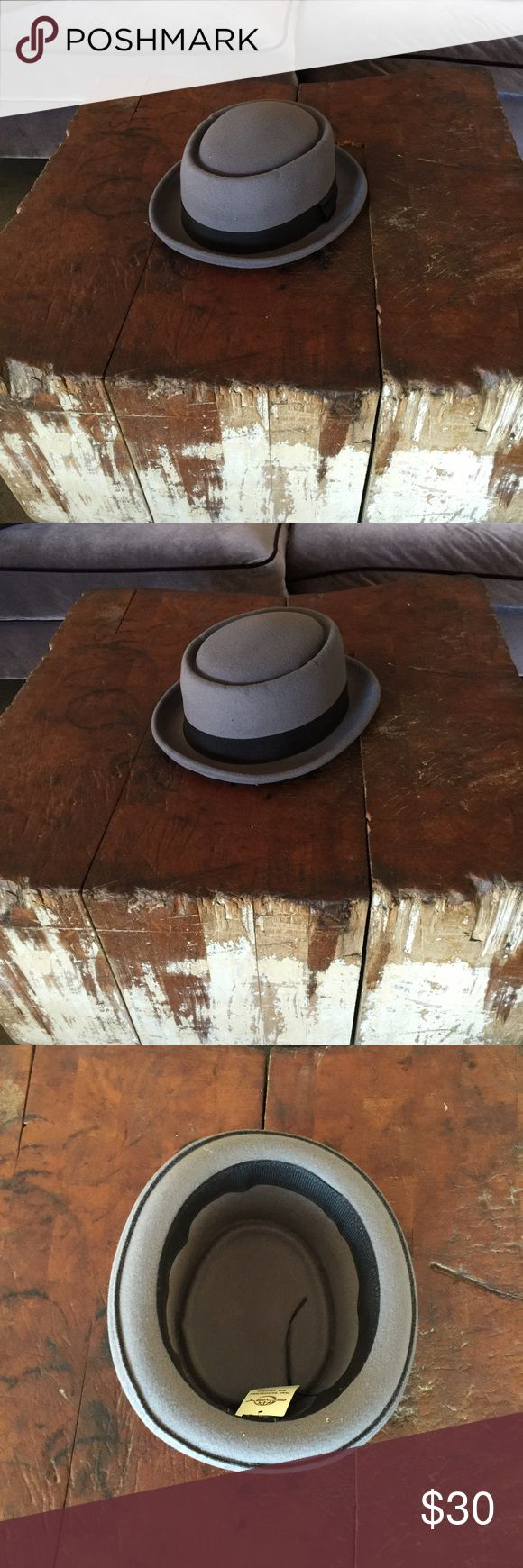 New Men's Walter White Porkpie Fedora Hat L/XL New Men's Hemming Walter White Fedora Hat. 100% Polyester. Firm on price, please no offers. I own an upscale men's store in Las Vegas and ship within 1 business day of your order. See boutique and closet for more goods. Thanks, Rich Accessories Hats