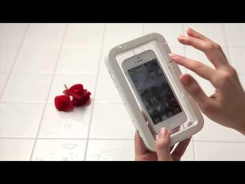 スマートフォン用防水ケース  http://www.muji.net/store/cmdty/detai...  お風呂やキッチンなど水に濡れやすい場所でもご使用いただける防水性能に優れた(IPX7相当)スマートフォン用ケースです。濡れた手でもタッチパネルタイプのスマートフォンを操作可能なので、メールやインターネットの操作ができます。ボトムケースが透明なので、スマートフォンのカメラで撮影も可能です。