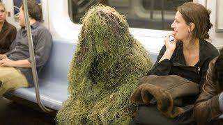 Человек Куст жуткий розыгрыш - Bush Man Scare Prank