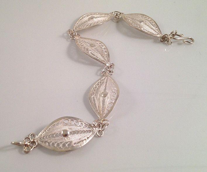 Telkari white silver handmade bangle. www.springjewelry.ecrater.com