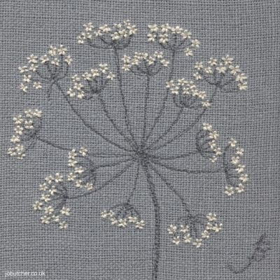 Cow Parsley on Linen III, machine and hand embroidery by Jo Butcher