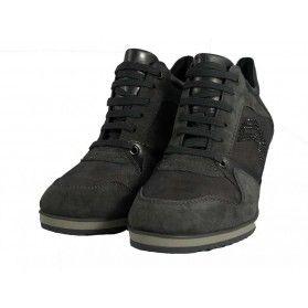 Sneakers con zeppa D Illusion A - Geox donna #sneakers #scarpe #grey #camoscio #zeppa @Geox