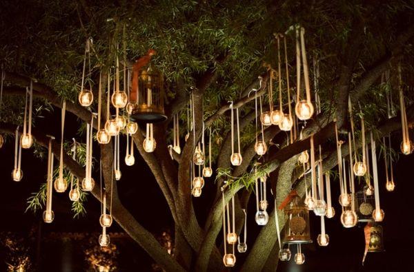 Tolle Ideen, Kerzen und Lichterketten auf der Hochzeit unterzubringen | Friedatheres