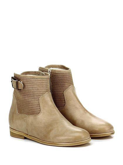 Mery - Tronchetto - Donna - Tronchetto in pelle effetto vintage con zip su lato interno e cinturino su retro. Suola in gomma, tacco 25. - CAMMELLO