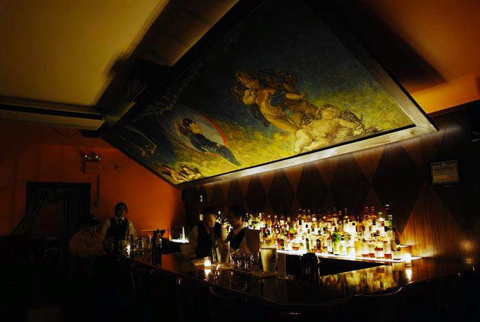 How to get into the 14 best speakeasies in America