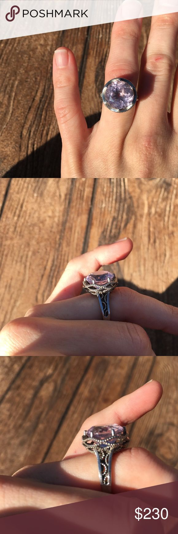 (Tacori) Lilac Silver / Gold Ring Tacori brand. Silver band with gold embellishment on the sides. Best fit a size 3 or even smaller. (I do not have a ring sizer) very small Ring. Light light wear. No trades. Pictures show true condition of ring.   #tacori #ring #lilac Tacori Jewelry Rings