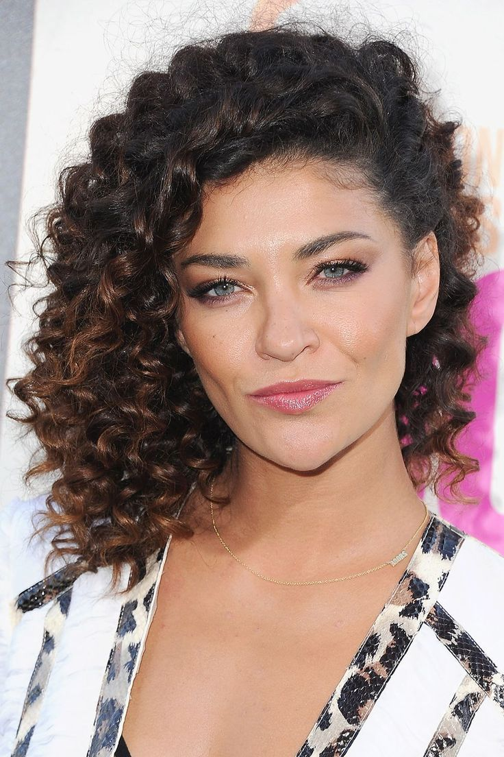 Der Celebrity Guide für Locken - #celebrity #guide #locken - #frisuren