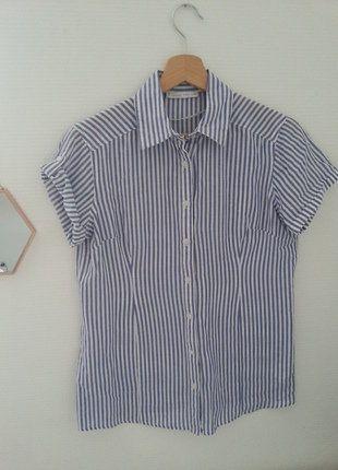 À vendre sur #vintedfrance ! http://www.vinted.fr/mode-femmes/blouses-and-chemises/26240060-chemisier-raye-a-manches-courtes