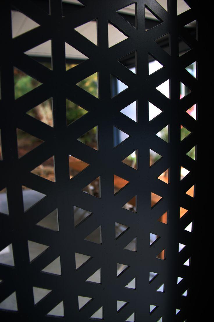 moucharabieh géométrique séparation deux espaces