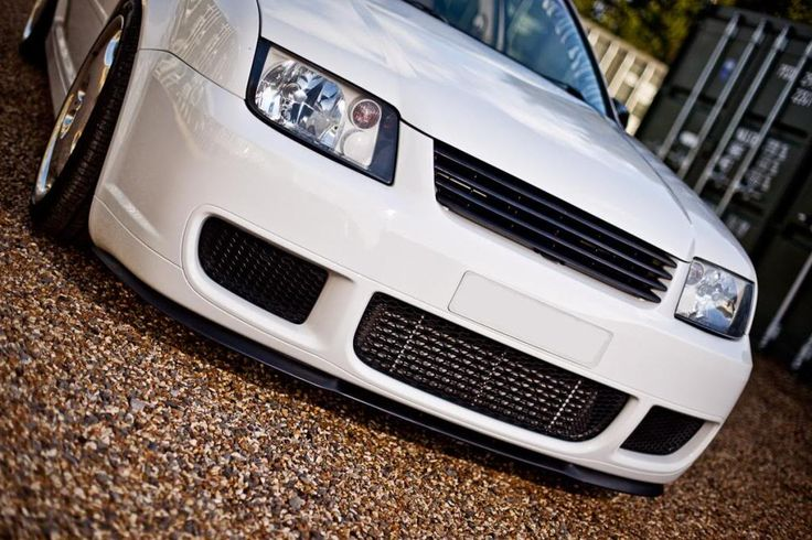 White MK4 Jetta with Bora R front bumper