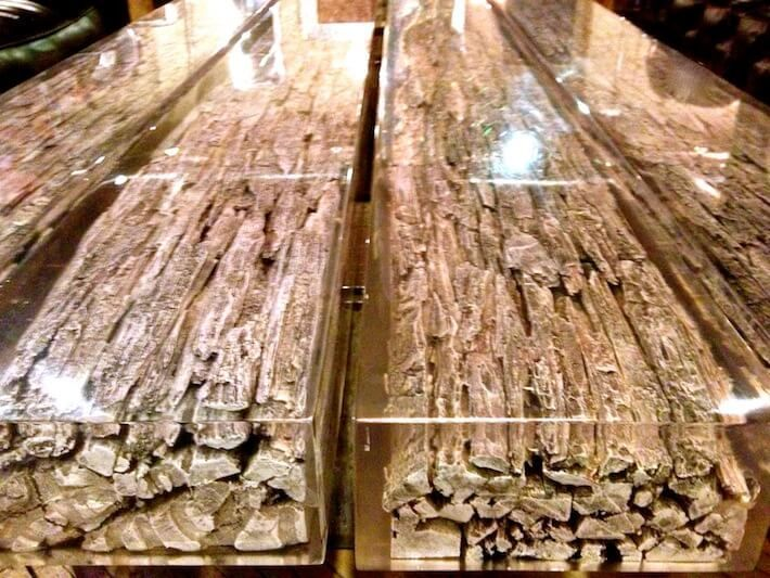 Salvaged wooden resin dining table resin non jewelry for Non wood dining table