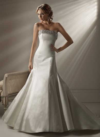 Gorgeous Strapless Trumpet / Mermaid Chapel Train bridal gowns <3 this dress