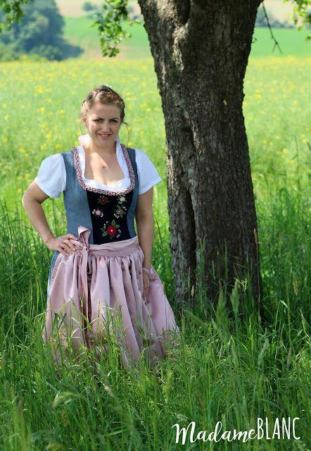 Dirndl nähen, Miederdirndl Anna von Mondbresal, Froschgoscherln, Stickerei