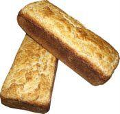 """De todas as receitas que testei até hoje, nenhuma dá a aparência mais """"normal de pão de padaria"""" :) do que meu pão de inhame processado. Mas se ainda é pouca, tanta maciez, é possível a…"""
